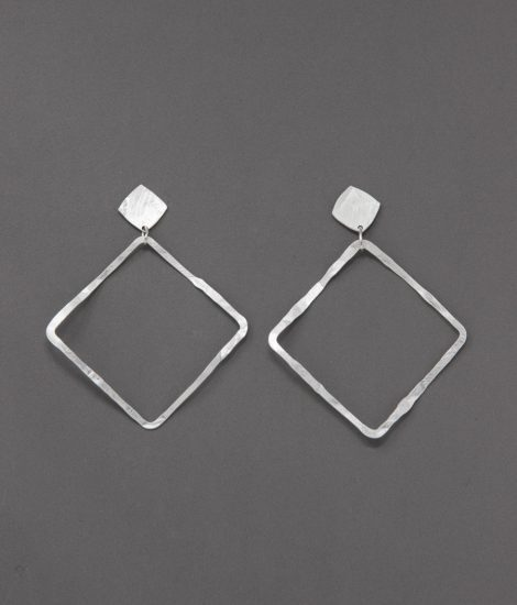 Square Silver plated.